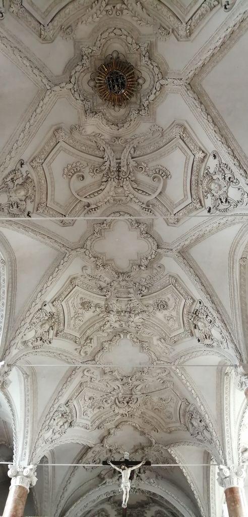 La cathédrale avec mausolée de Maximilien 1er