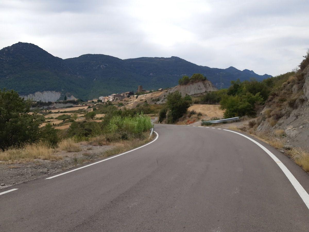Le chemin où  plutôt  la route