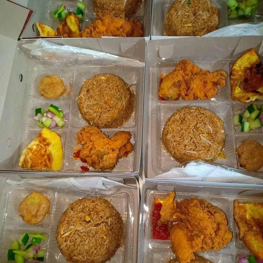 Berkah Catering - Nasi Kotak Surabaya (0811-3169-666)