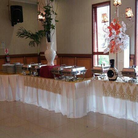 Berkah Catering - Graha Menur Surabaya (0811-3169-666)