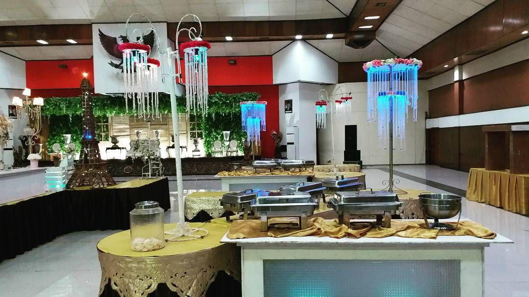 Berkah Catering - Graha UNTAG Surabaya (0811-3169-666)