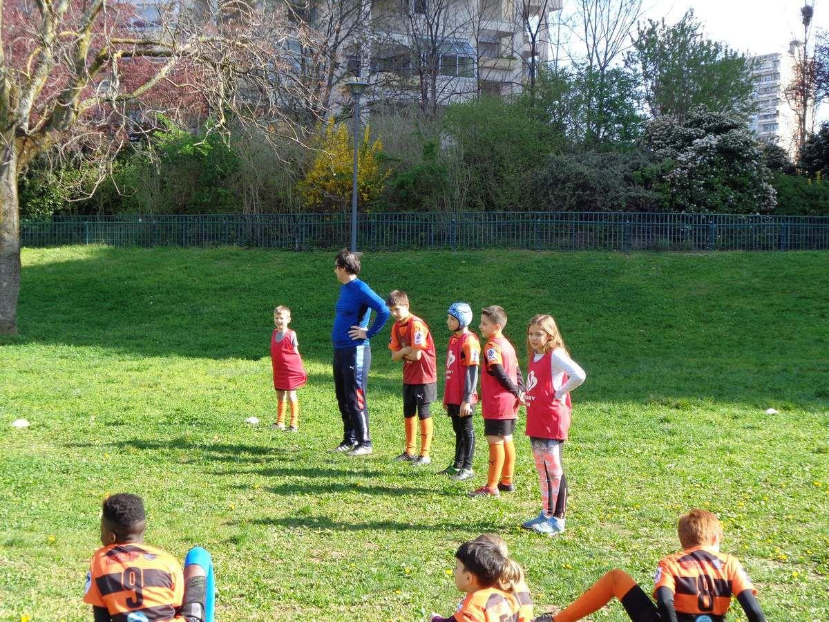 Des matchs en préparation du prochain tournoi pour les tigres de Charpennes Tonkin Tigers Rugby League