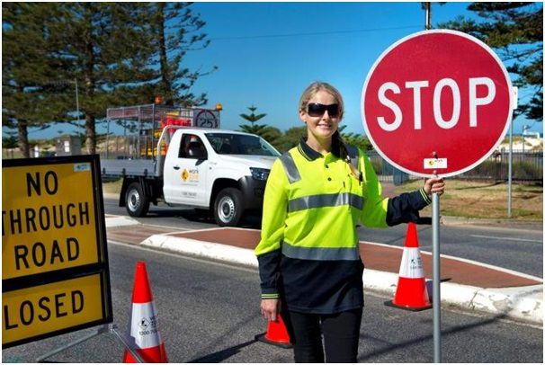 Ultimate significance of a traffic control plan - Warning Lites of