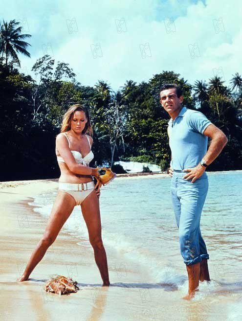 Les cinq James Bond Girls qui ont marqué l'agent 007: Ursula Andress, Diana Rigg, Gloria Hendry, Michelle Yeoh et Eva Green