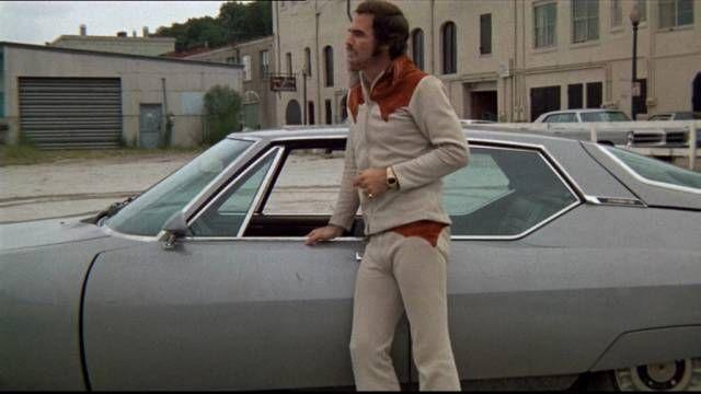 Citroën une marque centenaire qui a marqué le cinéma: La 2CV du Corniaud; la DS des Valseuses; la Traction Avant d'Indiana Jones; le Type H des Triplettes de Belleville; La SM de Burt Reynolds.