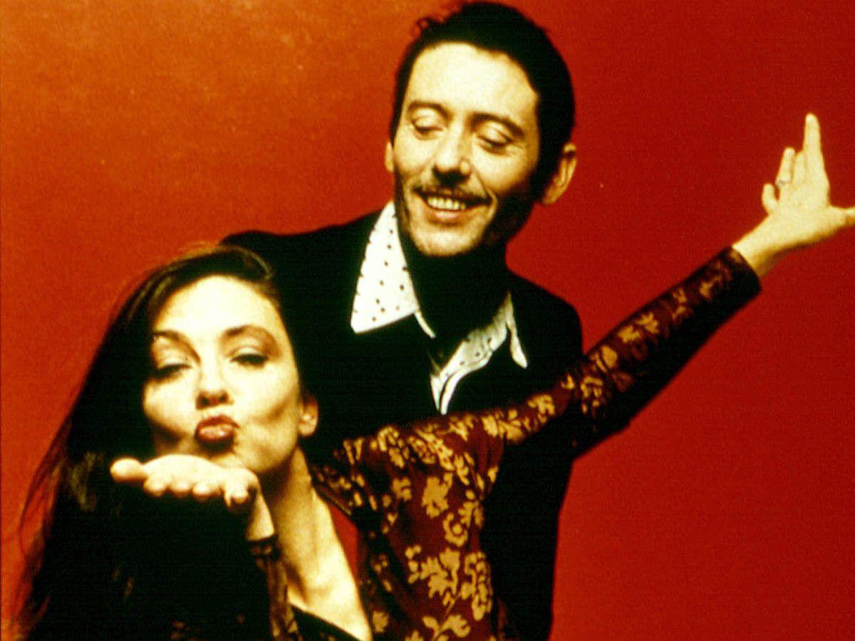 Catherine Ringer célèbre les 40 ans des Rita Mitsouko. Les titres à retenir du duo qui bouscula la pop: Marcia Baïla; C'est Comme ça; Singing in the shower; Y'a d'la haine; Même si.