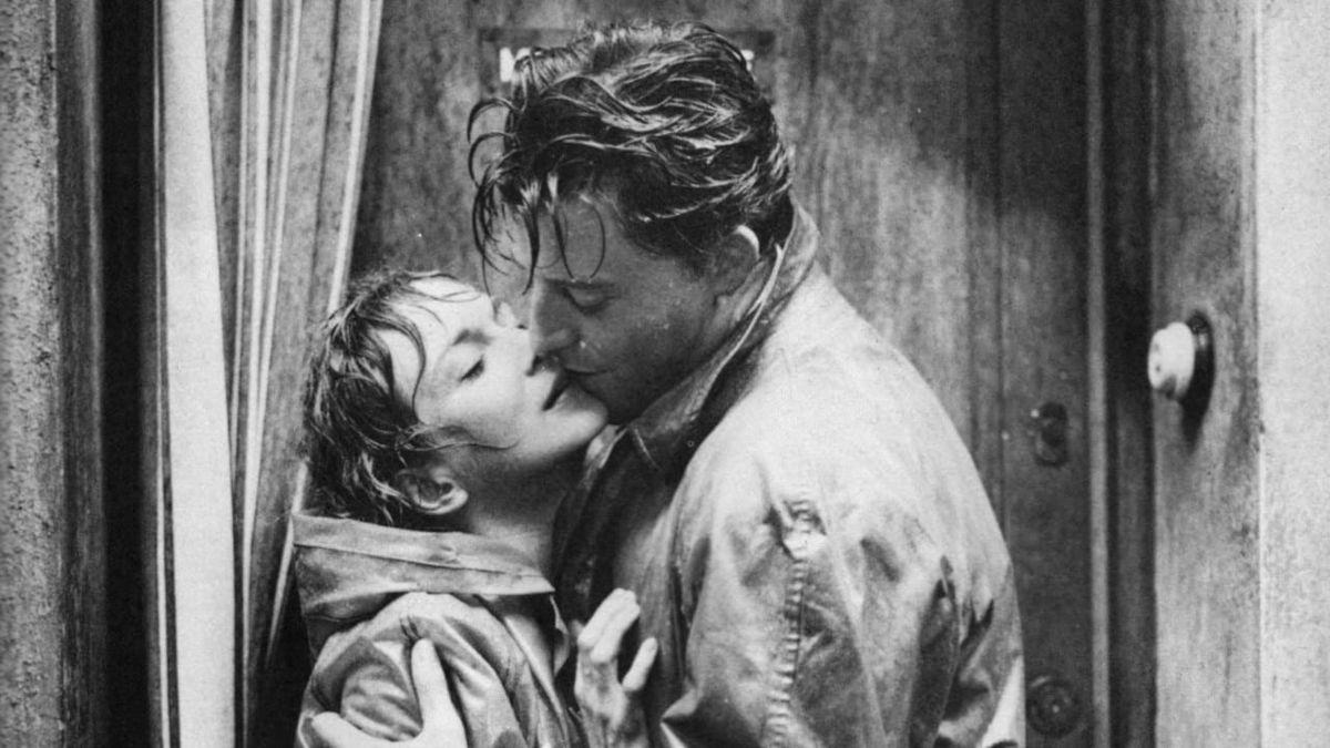 Gérard Philipe, jeune premier éternel du cinéma français en cinq films: Le diable au corps; Une si jolie petite plage; Monsieur Ripois; Montparnasse 19; Les liaisons dangereuses
