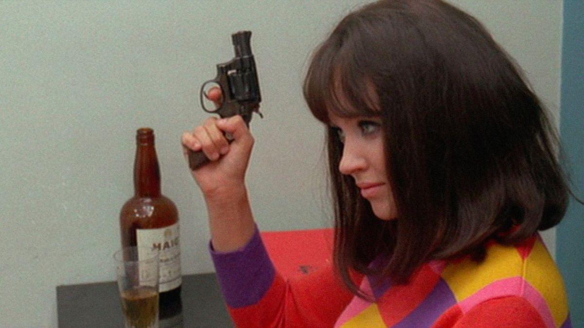 Anna Karina, la muse de Jean-Luc Godard aux yeux gris Velasquez