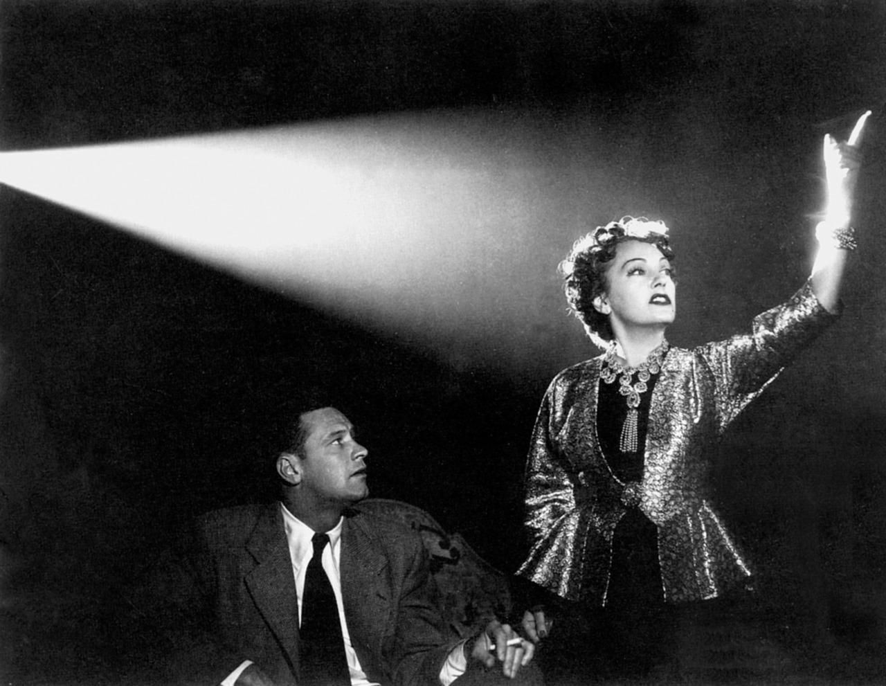 Sunset Boulevard de Billy Wilder : Hollywood en son miroir