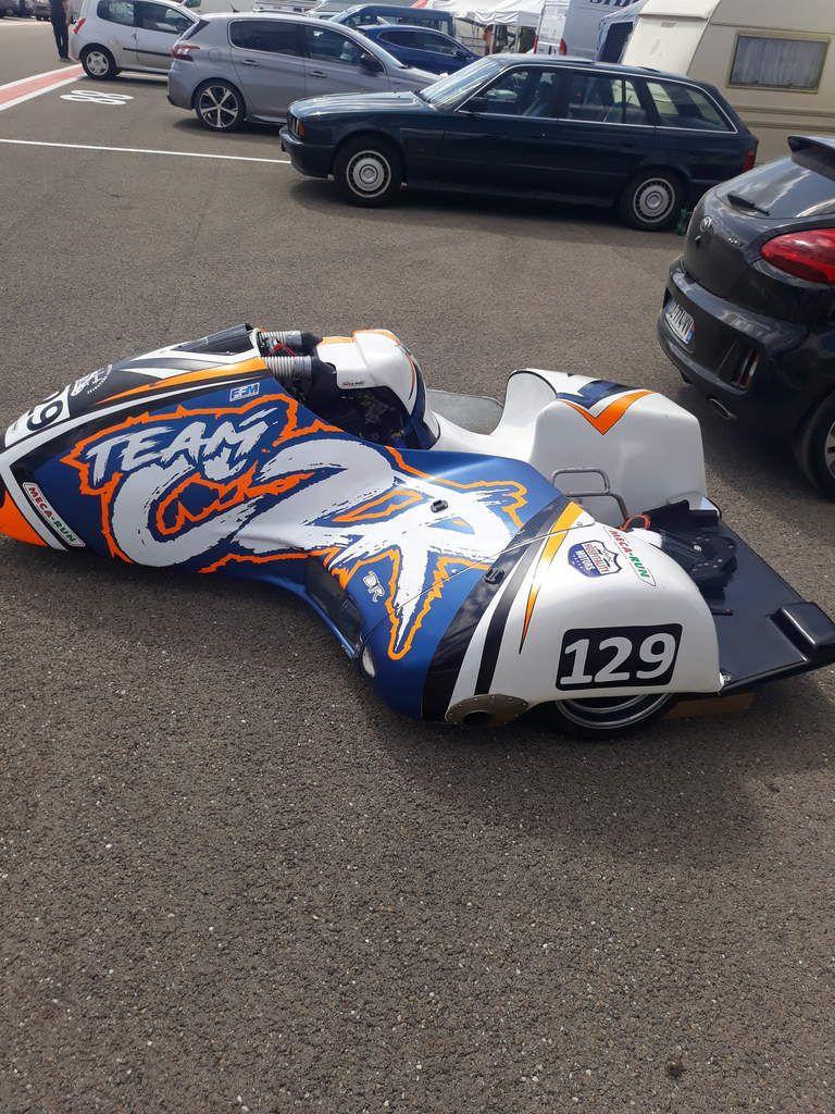 autre photo du coup de coeur side-cars de la team c2r