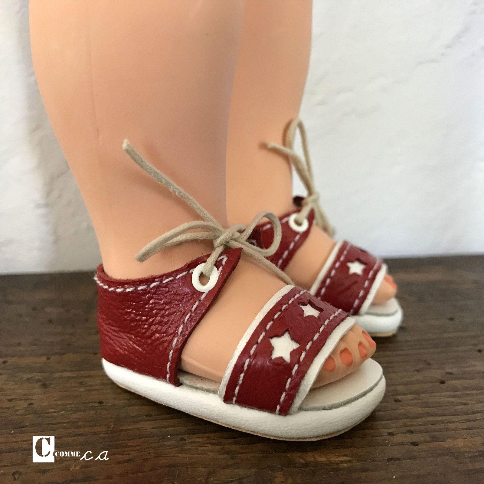 Sandales à étoiles • juin 1954