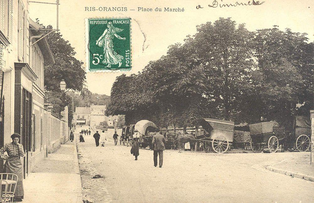 Marché place Alphonse Daudet
