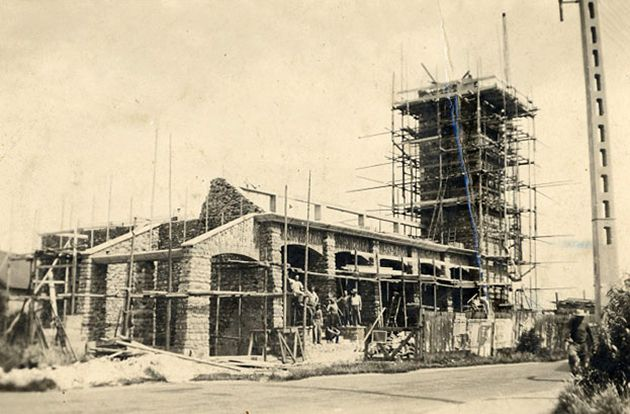 Construction de la chapelle et de son clocher