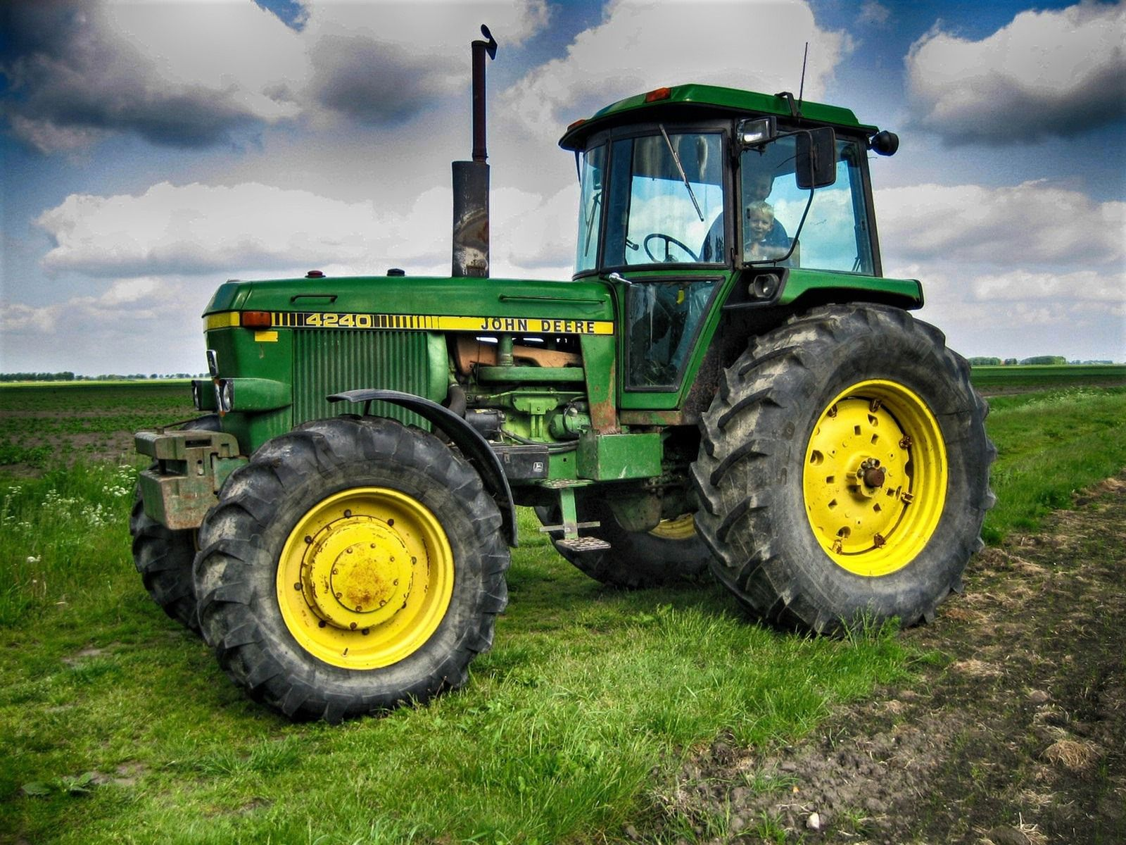 An Overview of Tractors Modern Agriculture Machine - agricultural implements