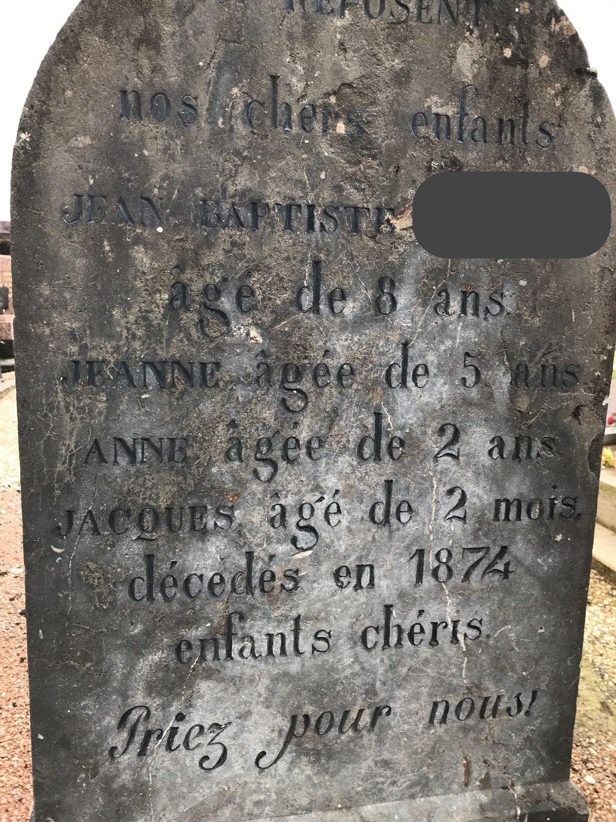 Une vieille tombe, d'un temps passé, qui n'était pas bon... A la recherche du réel...