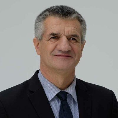 Jean Lassalle créé la polémique lors de l'hommage national à Jacques chirac