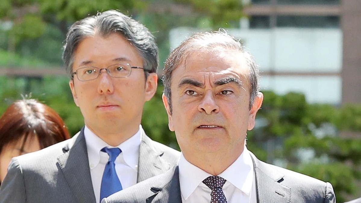 """Carlos Ghosn accuse les procureurs """"d'actes illégaux"""" et demande """"l'annulation des poursuites"""""""