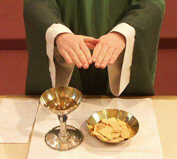 Ce qu'est la Communion, l'Eucharistie ou Saint-Sacrement