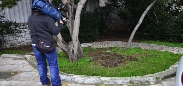L'emplacement du tronc déraciné ©2013 greece.greekreporter.com