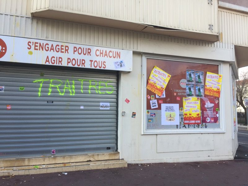 Dégradation du local syndical de la CFDT des P.O