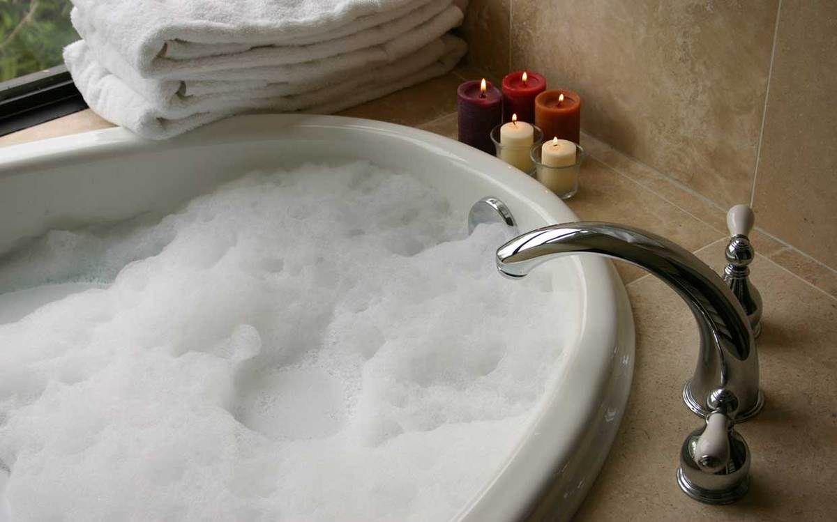 Bubble Bath: Relax In A Luxury Bathroom