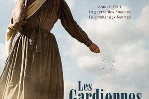 Découvrez l'affiche LES GARDIENNES avec Nathalie Baye et Laura Smet, en sélection au festival de Toronto