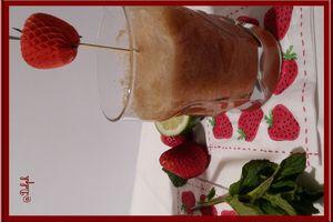 Jus Printanier à la rhubarbe, fraises et menthe au Thermomix.