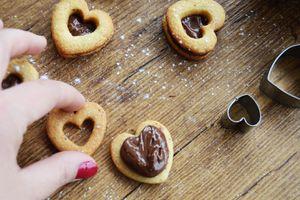 Sablés choco-noisettes pour la Saint (sans) - Valentin