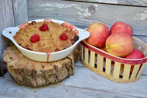 Crumble pommes - framboises - rhubarbe
