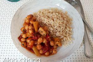 Aloo chana (pois chiche et pommes de terre)