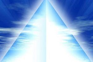 La pyramide de Lumière Blanche par Lila
