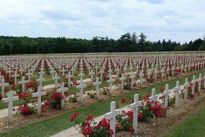 Travail de mémoire : commémoration à Rethondes, écrite et mise en scène par les 3eE