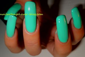 Présentation de vernis, Lovely Girl, MAKE UP PARIS, vernis menthe au lait, couleur printemps