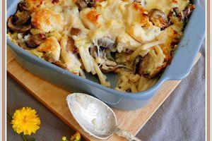 Gratin de macaroni au poulet et champignons