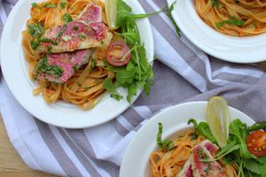 Tagliatelles sauce arrabiata et filets de rouget