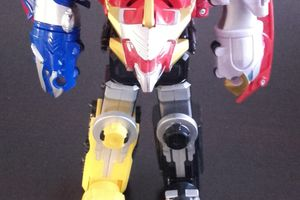 Power Rangers MegaForce MEGAZORD - 20 euros