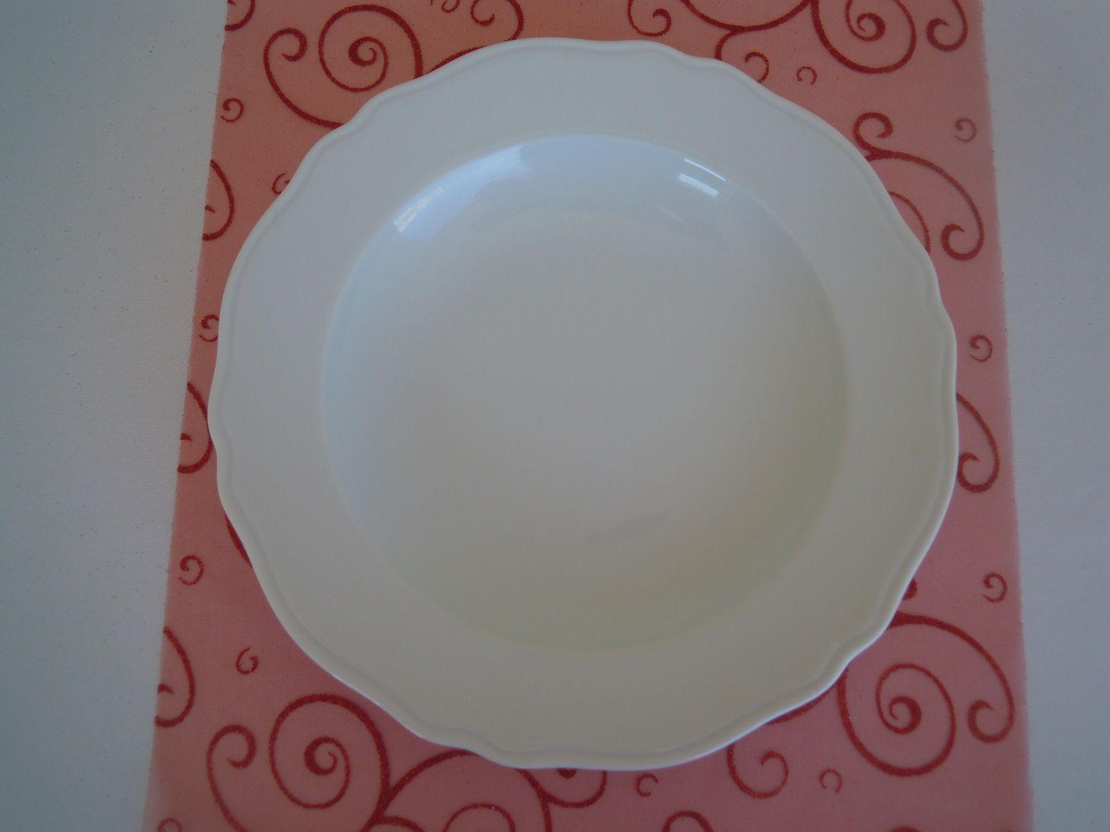 Assiette ronde blanche plate 27 cm (plat) - Assiette ronde blanche 24 cm (entrée, dessert, buffet), assiette creuse, assiette rectangulaire en verre