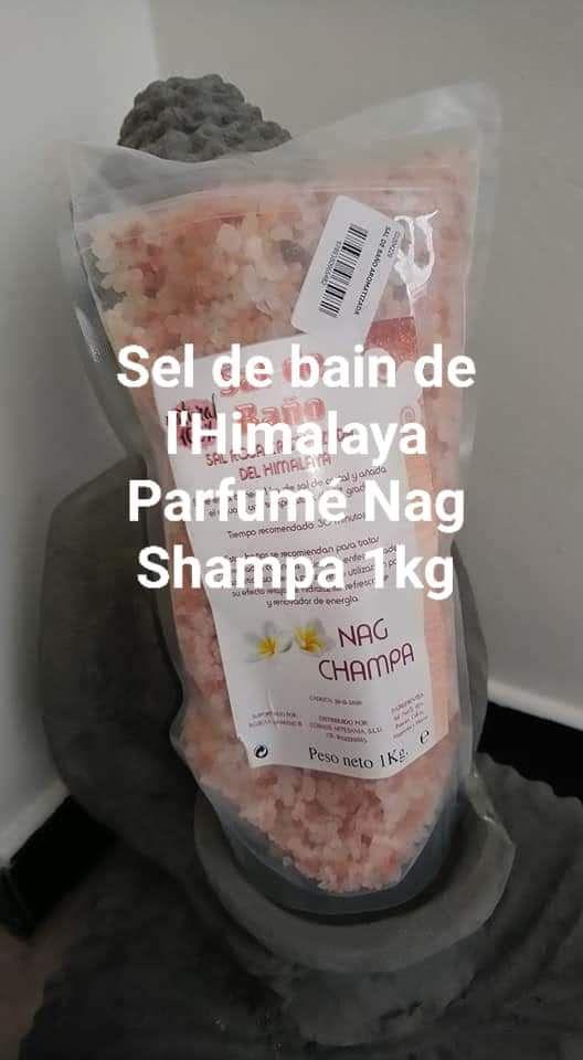 Sel de bain Himalaya parfumé Nag Shampa 1kg