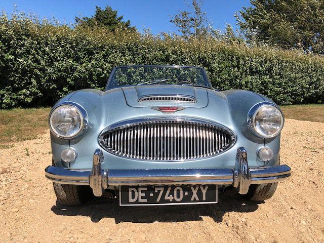 Marque : Royaume-Uni Austin Années de production1959 à 1967 Moteur et transmission ÉnergieEssence Boîte de vitessesManuelle Châssis - Carrosserie Carrosserie(s)Cabriolet