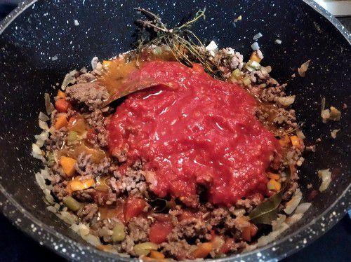 Ajout du concassé de tomates