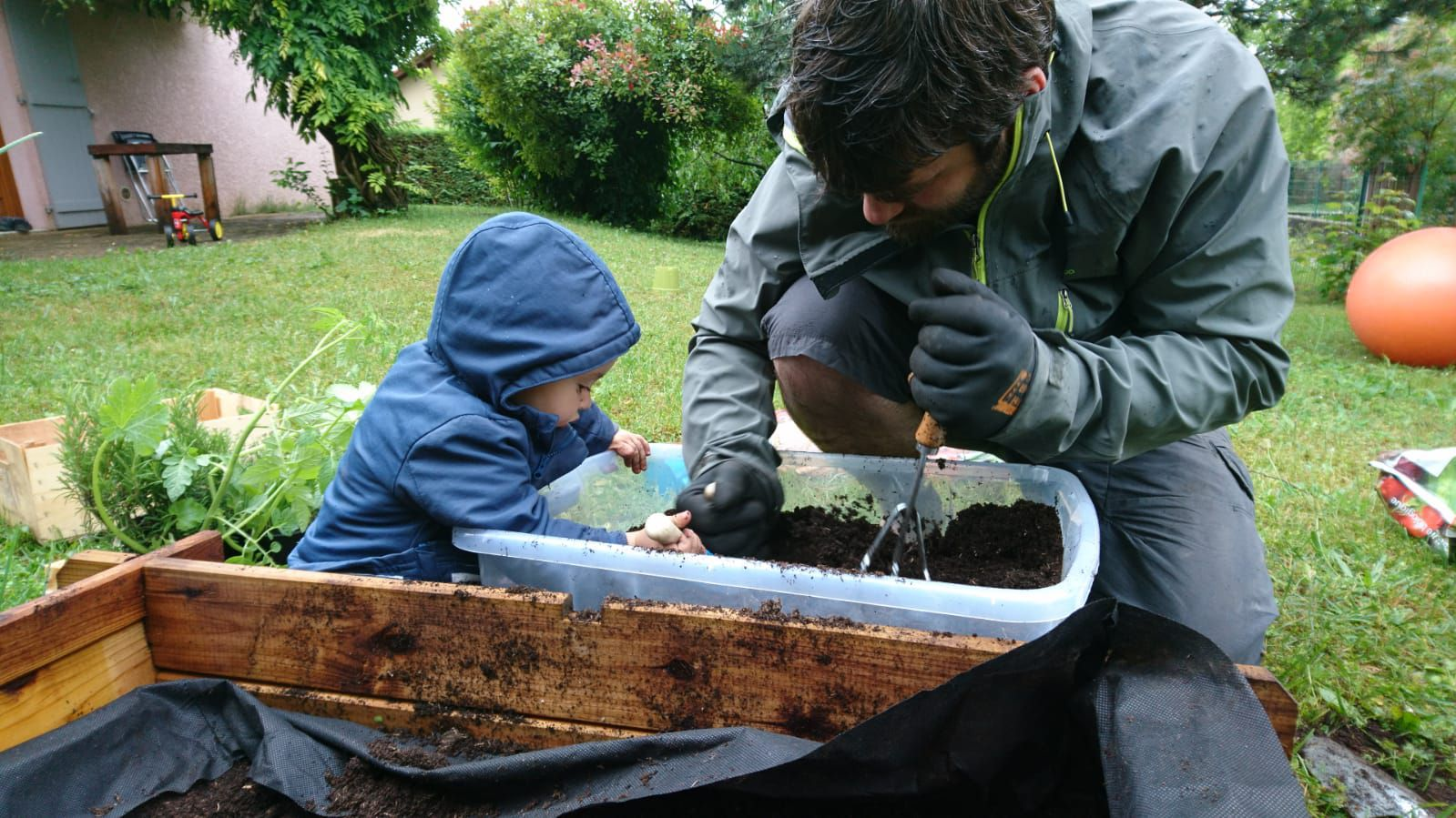 4. éduquons nos enfants à croquer la nature