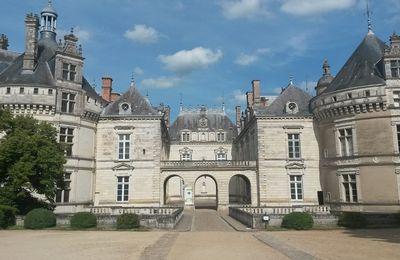 [Châteaux  - Baugé-en-Anjou - Le Lude – Maine-et-Loire et Sarthe] L'avantage des châteaux de la Loire sans les hordes