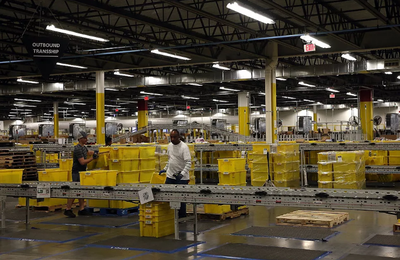 Amazon will hire 120,000 temporary workers this holiday season