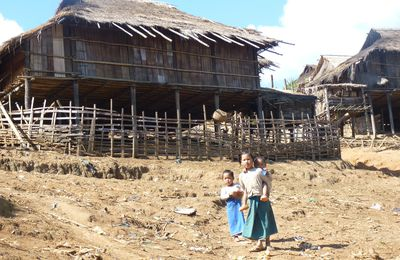 Kengtung - rencontre avec l'ethnie Lahu