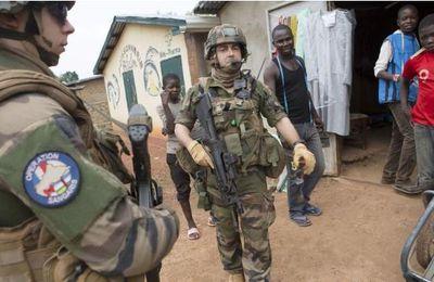 Lu pour vous : La France met un terme à «Sangaris» dans une Centrafrique toujours en crise