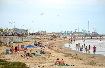 Group Activities Beckon & Abound on Galveston Island