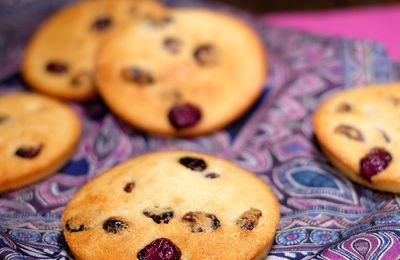 Financiers aux amandes et cranberries