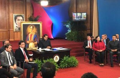 Résumé de l'allocution du Président Maduro à la conférence de presse avec les médias étrangers du 17 octobre 2017