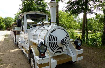 Le petit train de la base de Loisirs de Cergy-Pontoise
