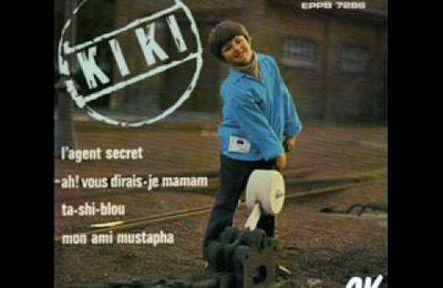 kiki, un chanteur et auteur belge, son père étant chef d'orchestre et petit fils du compositeur belge eugène ysaye